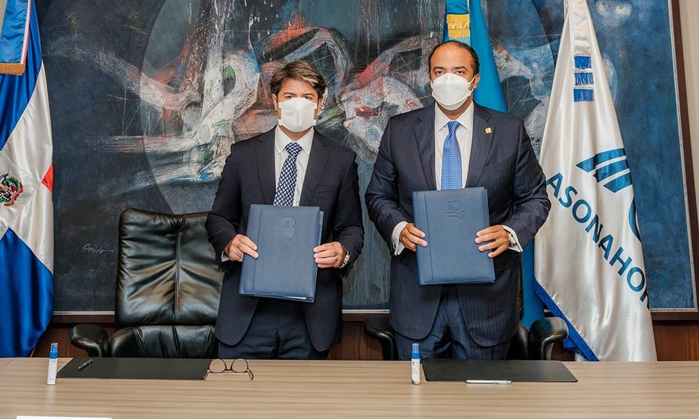 Banco de Reservas y Asonahores firman acuerdo de colaboración para reactivación del turismo