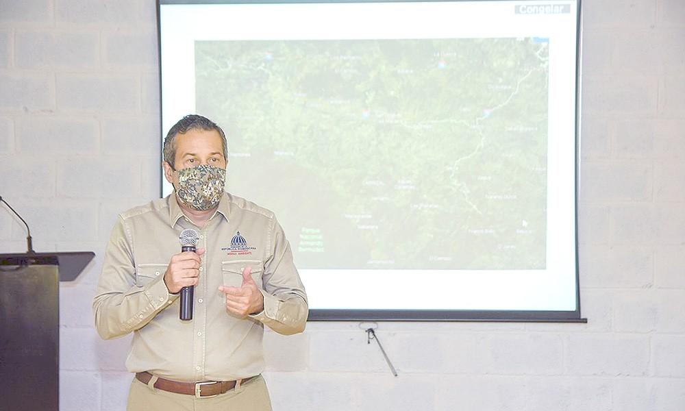 Ministerio de Medio Ambiente comienza plan que impide ganadería en montañas