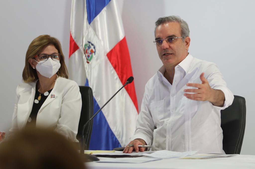 Presidente Abinader Considera jornada especial de vacunación comunitaria es ejemplo a seguir