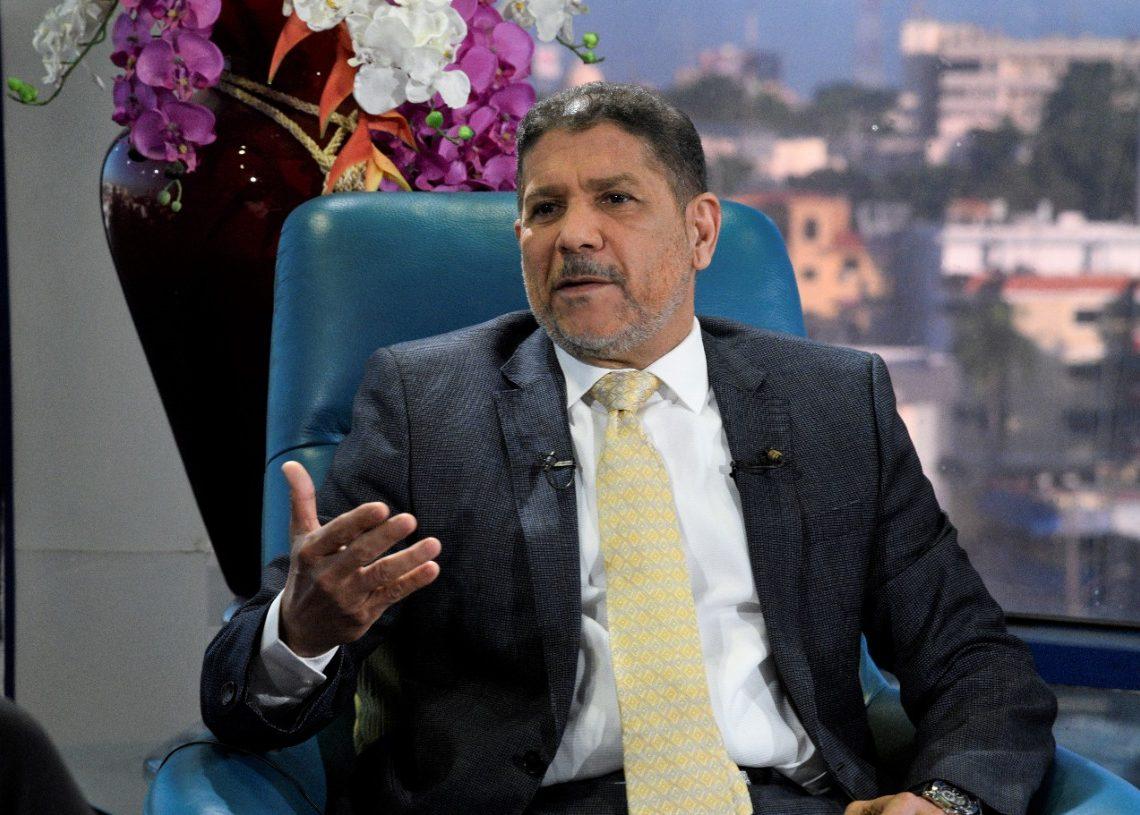 Ministro de Agricultura confirma importación carne de pollo para evitar la especulación en su precio