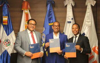 MOPC y las EDES firman acuerdo para iluminar vías públicas urbanas e interurbanas