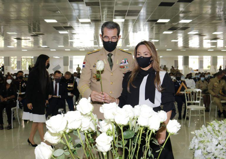 Ministerio de Defensa rinde homenaje post mortem a la Sargento Infante de Marina de los EEUU, Johanny Rosario