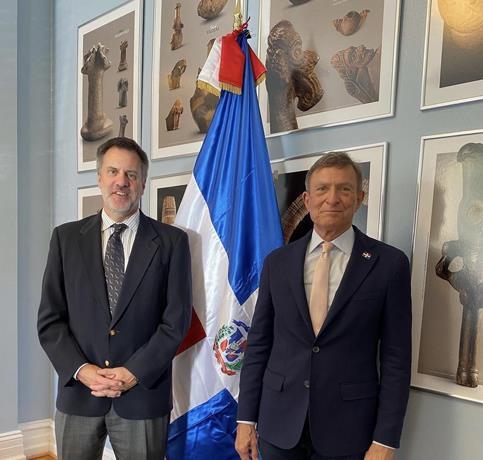 Canciller y funcionarios EEUU hablan de la inclusión de los dominicanos en programa visas H-2B de trabajos temporales