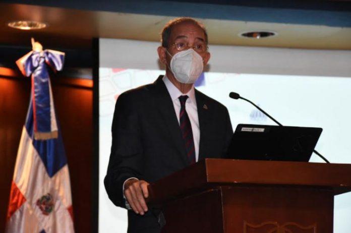 El Ministerio de Educación Superior, Ciencia y Tecnología (Mescyt) anunció la colocación de puestos móviles de vacunación en todas las Instituciones de Educación Superior de la República Dominicana (IES)