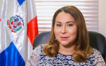 Ministra de la Mujer afirma han rescatado más de seis mil mujeres a través de su línea de emergencia