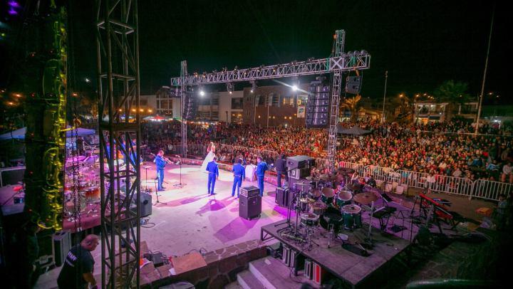 Alcalde Rodrigo Loyola confirma animadores del Festival del Velero 2017