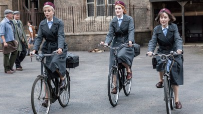 Call the Midwife: A Memoir of Birth, Joy, and Hard Times Britain in the 1950s