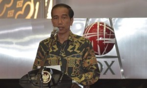 jokowi-bursa-afp-adekberry