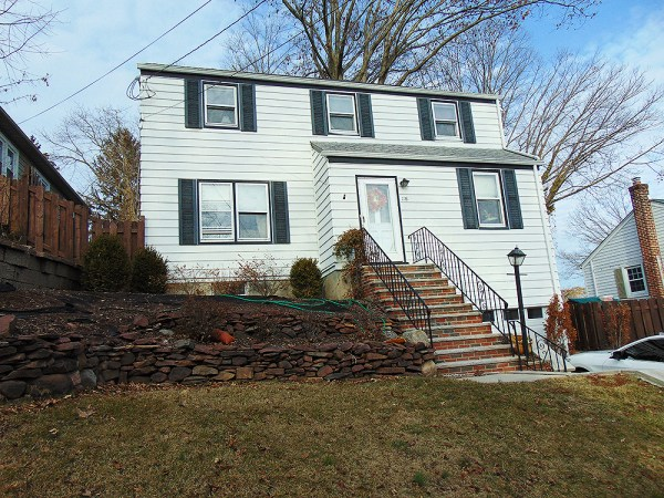 Just Listed in Nutly