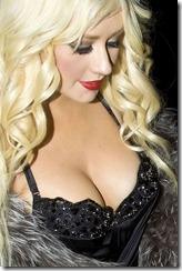 christina-aguilera-boobs