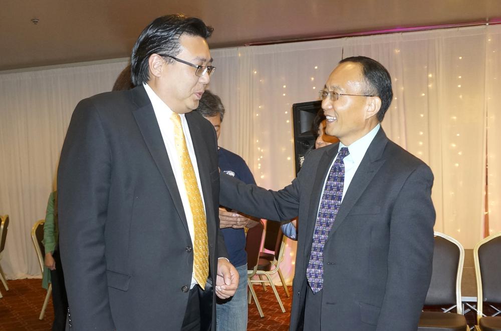 Mayor Ed Murray Chief of Staff Mike Fong and Dr. Shouan Pan