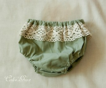Green Bloomers, baby 0-6, 6-12 month