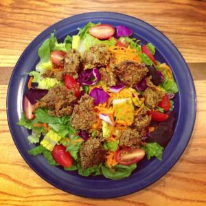 veggie-burger-salad