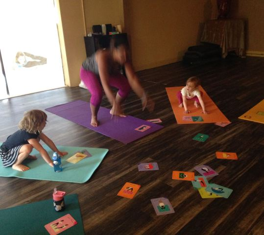 Family & Toddler Yoga