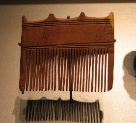 Pente de madeira datado da 18º dinastia