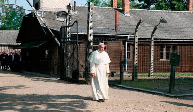 Pope Francis visits the Auschwitz Nazi death camp in Oswiecim, Poland, July 29. (CNS photo/Grzegorz Galazka, pool))