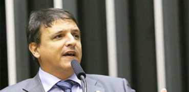 MBittar é um brincalhão (quer rasgar a Constituição para impedir Dilma de nomear ministros do STF)