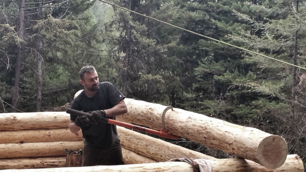 Off grid cabin build and moving logs by hand for Building off the grid ana white