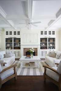 whitebuiltinsinlivingroom-LizMarie