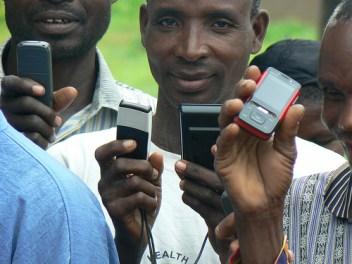 farmer-phone