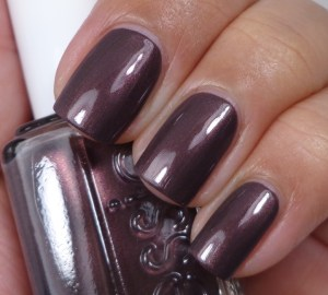 Essie Sable Collar 1