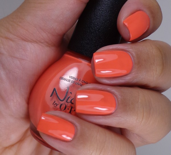 Nicole by OPI The Coral Of The Story 2