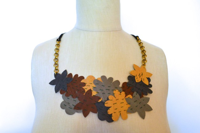 Cricut Crafting | DIY Faux Leather Flower Statement Necklace
