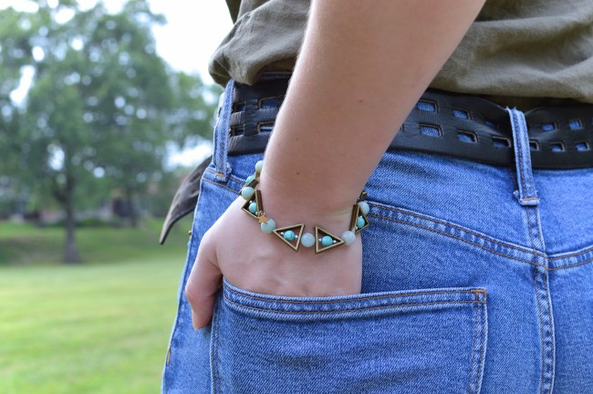 Turquoise Forever   DIY Turquoise and Brass Beaded Bracelet and Earring Set Tutorial