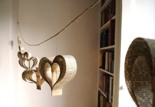 heart paper garland 500x346 {happy weekend!}