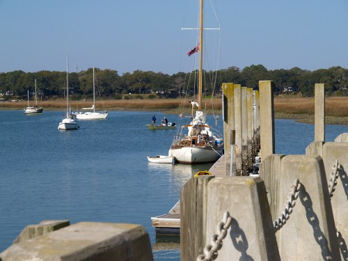 Beaufort Marina3 500x375 {happy monday}