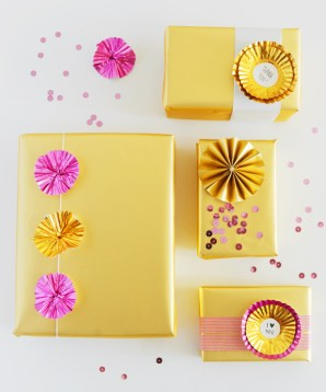 DIY Metallic Cupcake Wrapper Toppers Hey Look 300x360 DIY Holiday Gift Wrap Ideas
