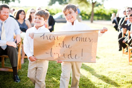 Here Comes the Bride Sign Sweet Emilia Jane Nancy Neil 550x366 Wedding Stationery Inspiration: Here Comes the Bride Signs