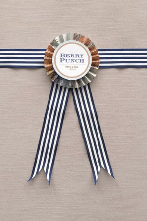 DIY Paper Medallion Wedding Labels 300x450 Wedding Stationery Inspiration: Award Ribbons