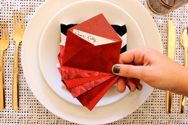 DIY Mini Love Letter Placecards OSBP 10 DIY Tutorial: Love Letter Dinner Party Placecards