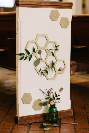 Hexagon Display Kimberly Michelle Gibson Photography 300x449 Wedding Stationery Inspiration: Hexagons