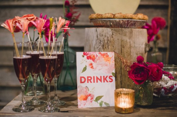 Bold Floral Drink Sign Miss Wyolene Lauren Fair Photography 600x396 Wedding Stationery Inspiration: Bold Florals