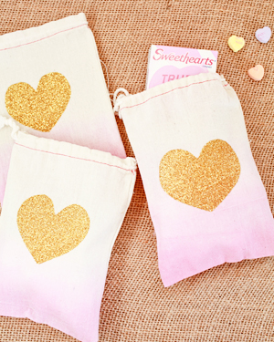 OSBP DIY Tutorial Dip Dye Heart Bags 52 DIY Tutorial: Dip Dye Heart Favor Bags