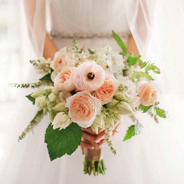 White Blush Pink Bouquet KTMerry McKenziePowell MSW Happy Weekend!