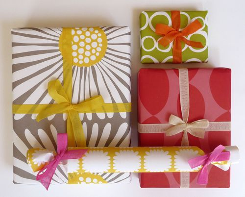 6a00e554ee8a22883301347fb6d7d2970c 500wi Spring Gift Wrap   and NSS 2010