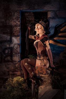 [コスプレ,Overwatch] 魔女のコスプレをするマーシーさんのコスプレ画像 (3)