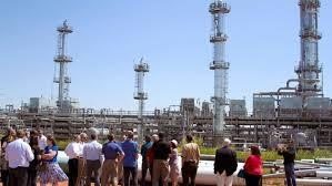 01105_refinery