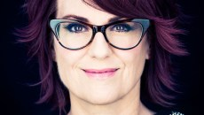 Headshot of Megan Mullally by Eric Schwabel