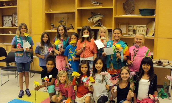 girl-scouts-junior-flowers-provided-sam-noble-museum