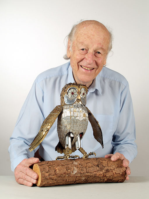 Ray Harryhausen with the mechanical Bubo the Owl from the 1981 film <em>Clash of the Titans</em>. (Andy Johnson for The Ray & Diana Harryhausen Foundation / provided)