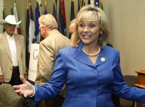 Gov. Fallin Signs Four Criminal Justice Reform Bills