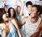 これであなたもクラブ中級者!? 踊り方25パターンをまとめた動画が参考になる。