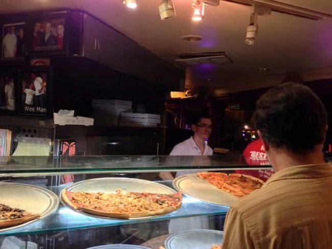 ニューヨーク Bleecker Street Pizza (ブリーカー・ストリート・ピザ)