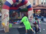 ニューヨークアストリアで見かけた小さな地元のお祭り