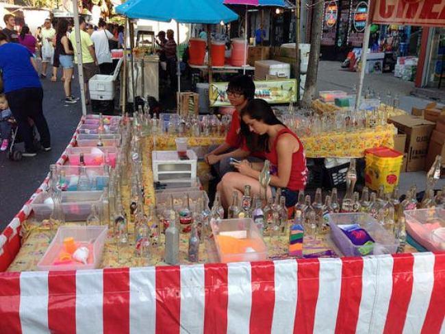 ニューヨークアストリアの小さなお祭り 砂の瓶詰め