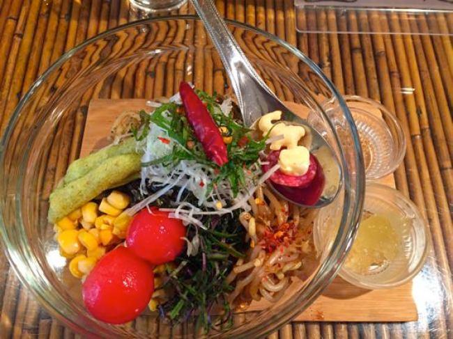 沖縄ジャージャー麺屋「モガメン」旨辛じゃじゃ麺X